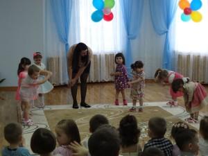 Танец Мамины помощники 2 гр.